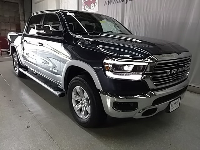 2019 Ram 1500 Crew Cab 4x4,  Pickup #N592773 - photo 3