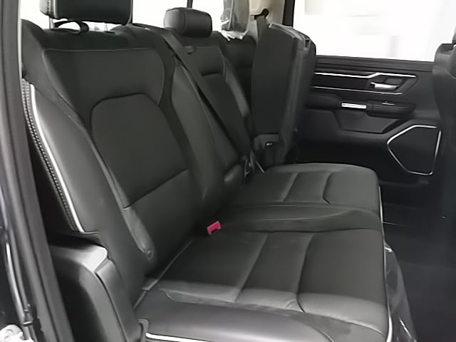 2019 Ram 1500 Crew Cab 4x4,  Pickup #N592773 - photo 11