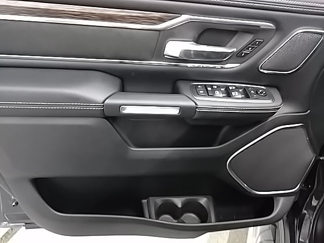 2019 Ram 1500 Crew Cab 4x4,  Pickup #N592773 - photo 14