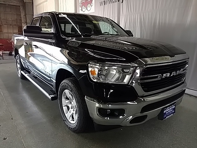 2019 Ram 1500 Quad Cab 4x4,  Pickup #N621399 - photo 3