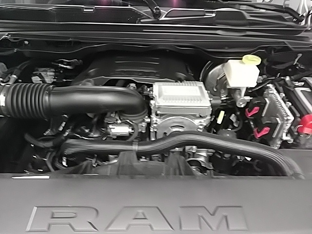 2019 Ram 1500 Crew Cab 4x4,  Pickup #N637283 - photo 6
