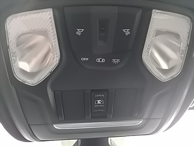 2019 Ram 1500 Crew Cab 4x4,  Pickup #N637287 - photo 21