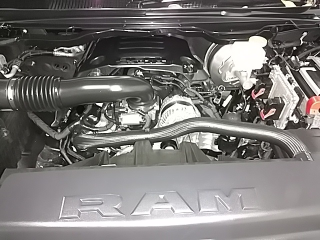 2019 Ram 1500 Crew Cab 4x4,  Pickup #N662349 - photo 7
