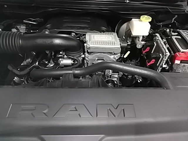 2019 Ram 1500 Crew Cab 4x4,  Pickup #N681416 - photo 6