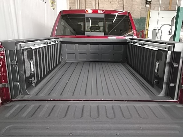 2018 Ram 1500 Crew Cab 4x4,  Pickup #S309571 - photo 5
