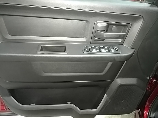 2019 Ram 1500 Crew Cab 4x4,  Pickup #S532051 - photo 13