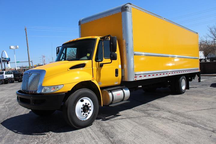 2017 International DuraStar 4300 4x2, Dry Freight #11772 - photo 1