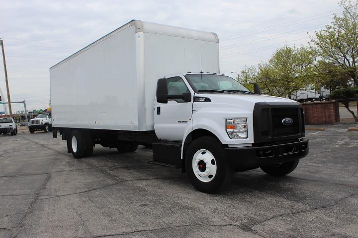 2017 Ford F-750 Regular Cab 4x2, Dry Freight #11775 - photo 1