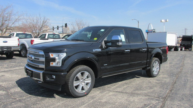 2017 F-150 Crew Cab 4x4, Pickup #1781 - photo 3