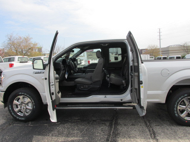2018 F-150 Super Cab 4x4,  Pickup #1863 - photo 11