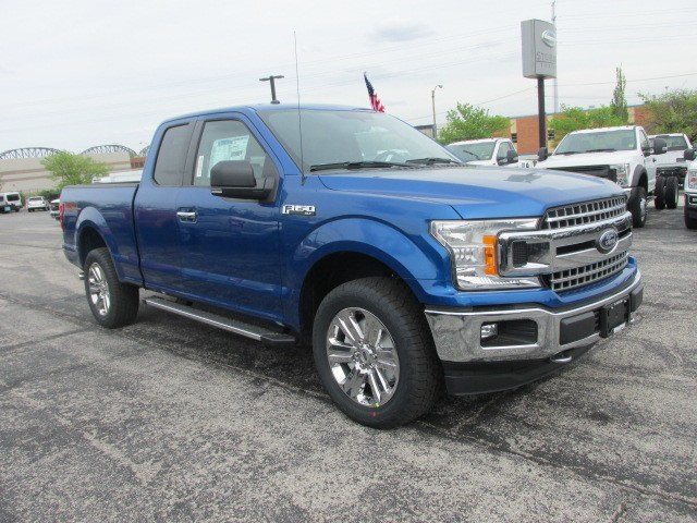 2018 F-150 Super Cab 4x4,  Pickup #1866 - photo 4