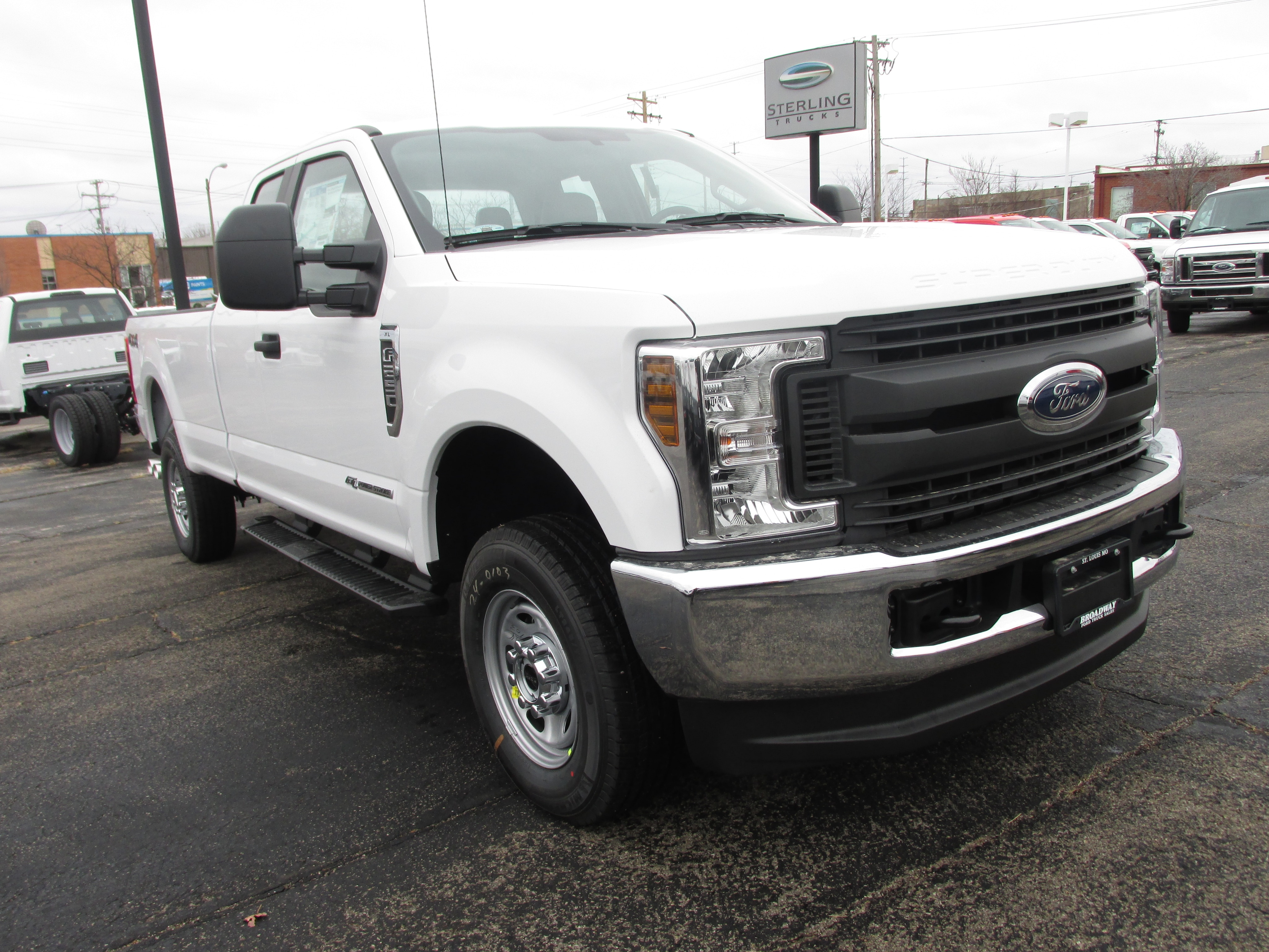 2018 F-250 Super Cab 4x4, Pickup #3370 - photo 4