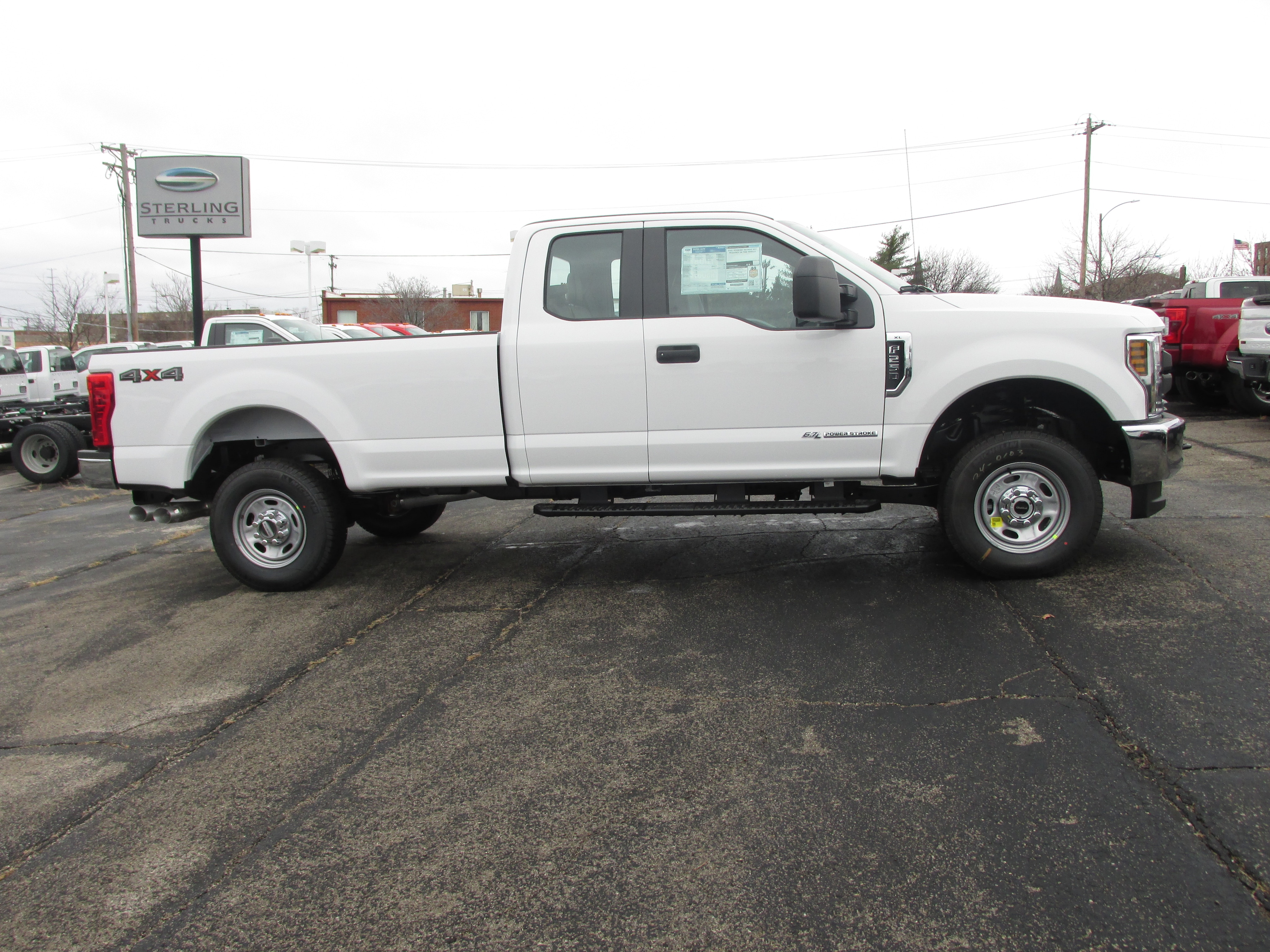 2018 F-250 Super Cab 4x4, Pickup #3370 - photo 5