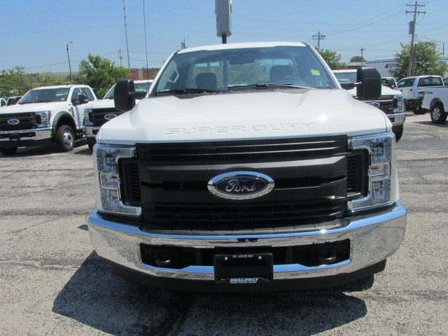 2018 F-250 Regular Cab 4x2,  Reading Service Body #3406 - photo 3