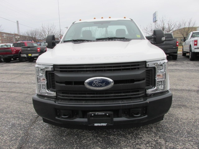 2019 F-350 Regular Cab DRW 4x2,  Cab Chassis #3423 - photo 3