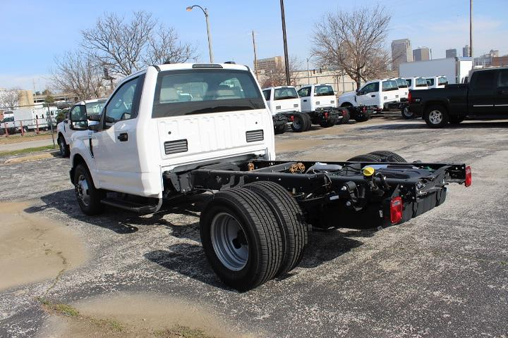 2020 Ford F-350 Regular Cab DRW 4x2, Cab Chassis #3709 - photo 1