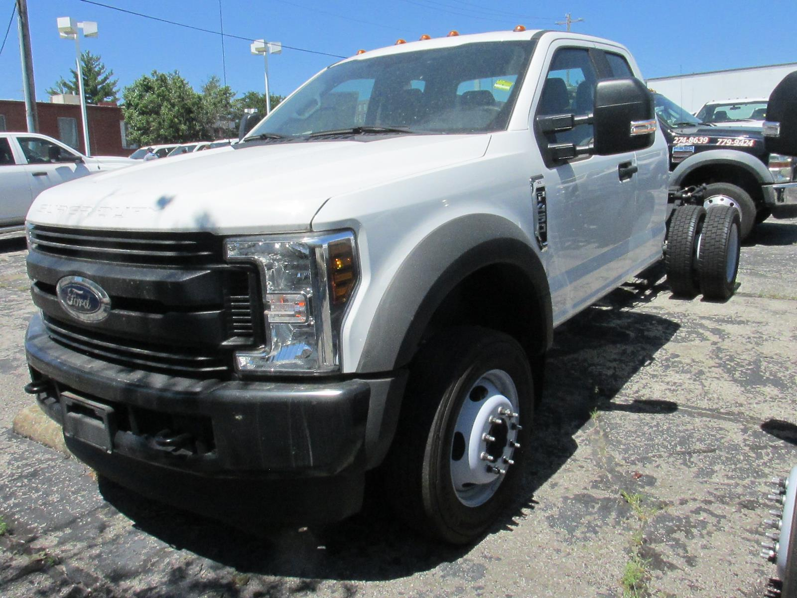 2019 Ford F-450 Super Cab DRW 4x4, Cab Chassis #4124 - photo 1