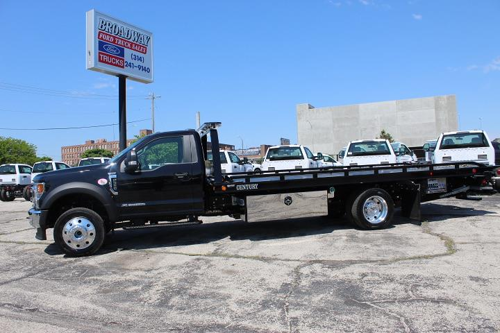 2021 Ford F-550 Regular Cab DRW 4x4, Miller Industries Rollback Body #4245 - photo 1