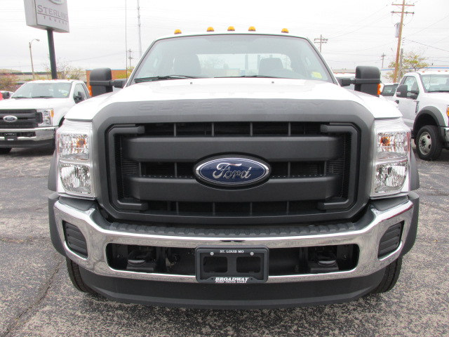 2016 F-450 Regular Cab DRW 4x4 Cab Chassis #4613 - photo 3
