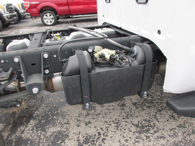 2016 F-450 Regular Cab DRW 4x4 Cab Chassis #4613 - photo 7