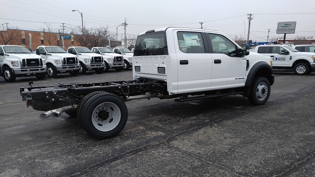 2017 F-550 Crew Cab DRW 4x4, Cab Chassis #4651 - photo 2