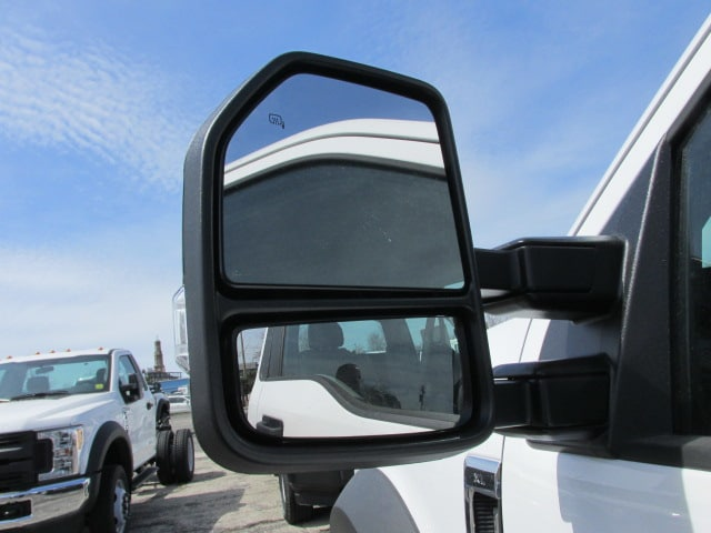 2018 F-550 Regular Cab DRW 4x4,  Cab Chassis #4793 - photo 11