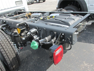 2018 F-450 Regular Cab DRW 4x2,  Cab Chassis #4819 - photo 2
