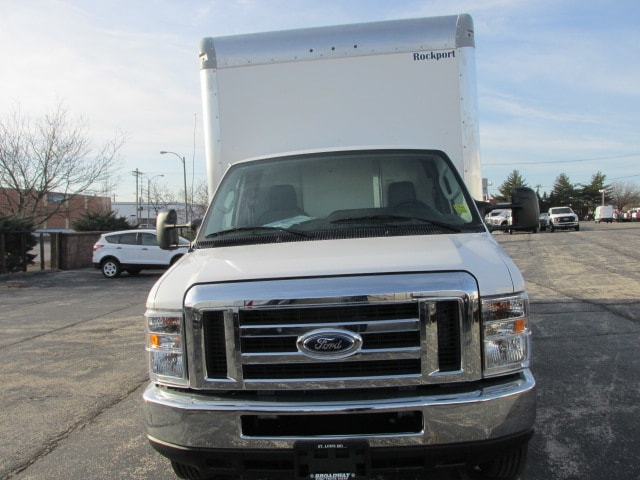 2019 E-450 4x2,  Rockport Cutaway Van #482 - photo 4