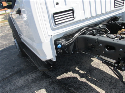 2018 F-450 Regular Cab DRW 4x2,  Cab Chassis #4820 - photo 9