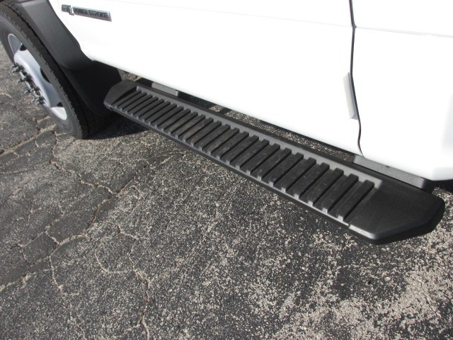 2019 F-550 Regular Cab DRW 4x4,  Cab Chassis #4859 - photo 11