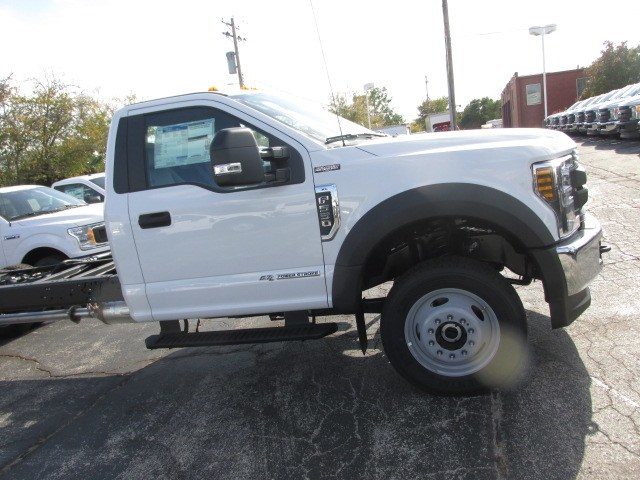 2019 F-550 Regular Cab DRW 4x4,  Cab Chassis #4859 - photo 5