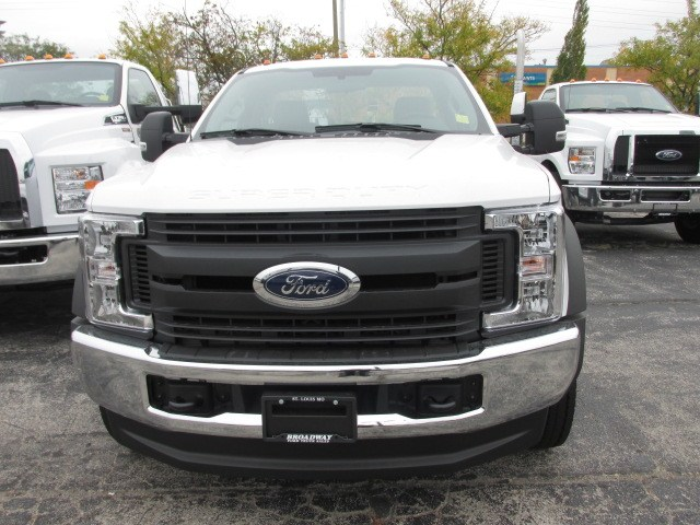 2019 F-550 Regular Cab DRW 4x4,  Cab Chassis #4860 - photo 3