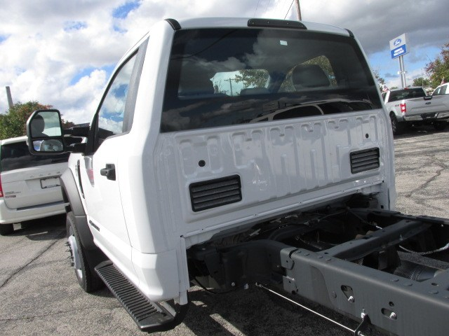 2019 F-550 Regular Cab DRW 4x4,  Cab Chassis #4867 - photo 10