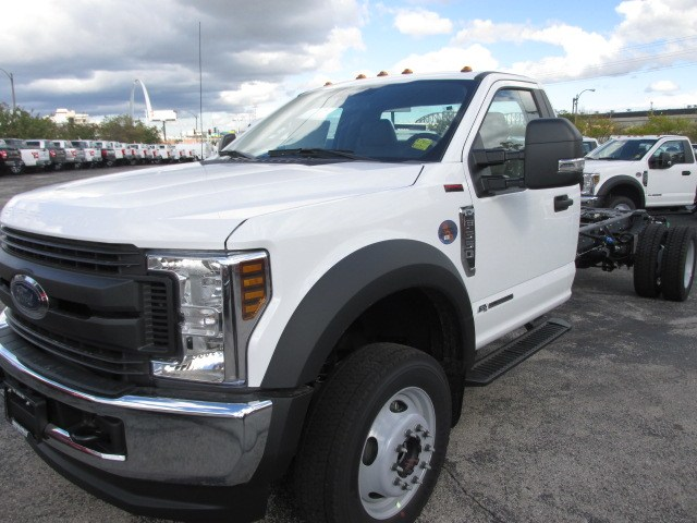 2019 F-550 Regular Cab DRW 4x4,  Cab Chassis #4867 - photo 23