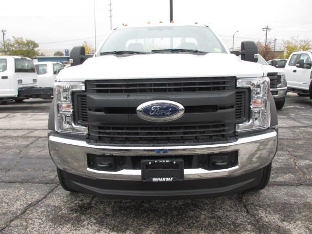 2019 F-550 Regular Cab DRW 4x4,  Cab Chassis #4872 - photo 3