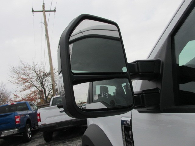 2019 F-550 Regular Cab DRW 4x4,  Cab Chassis #4875 - photo 10