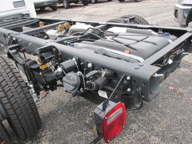 2019 F-550 Regular Cab DRW 4x4,  Cab Chassis #4875 - photo 2