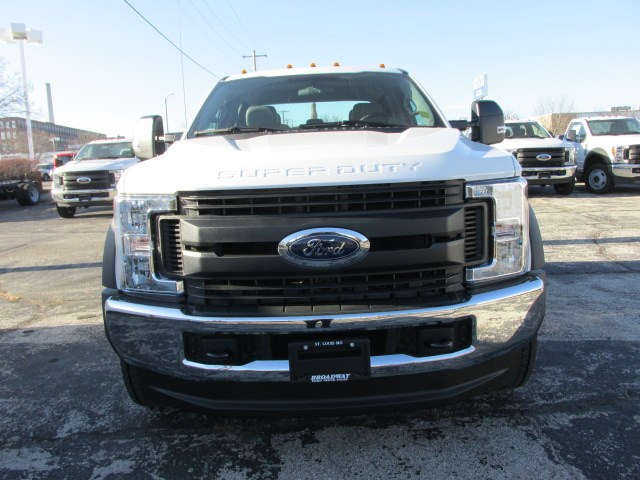 2019 F-550 Crew Cab DRW 4x4,  Cab Chassis #4896 - photo 3