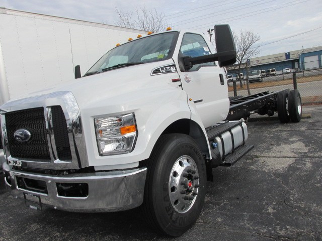 2019 F-750 Regular Cab DRW 4x2,  Cab Chassis #5013 - photo 19