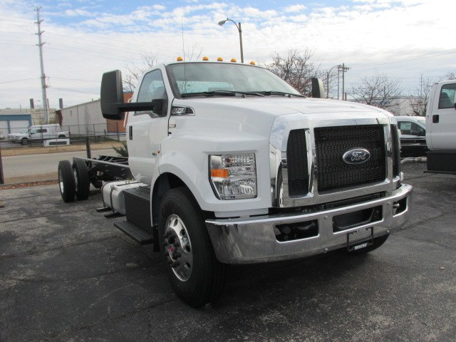2019 F-750 Regular Cab DRW 4x2,  Cab Chassis #5013 - photo 4
