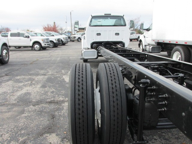 2019 F-750 Regular Cab DRW 4x2,  Cab Chassis #5013 - photo 2