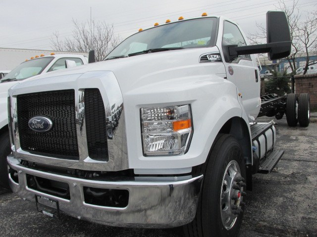 2019 F-750 Regular Cab DRW 4x2,  Cab Chassis #5020 - photo 17