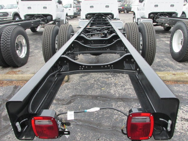 2019 F-750 Regular Cab DRW 4x2,  Cab Chassis #5020 - photo 2