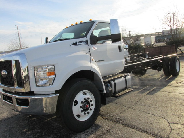 2019 F-750 Regular Cab DRW 4x2,  Cab Chassis #5021 - photo 19