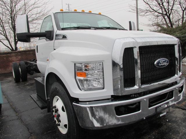 2019 F-750 Regular Cab DRW 4x2,  Cab Chassis #5029 - photo 4