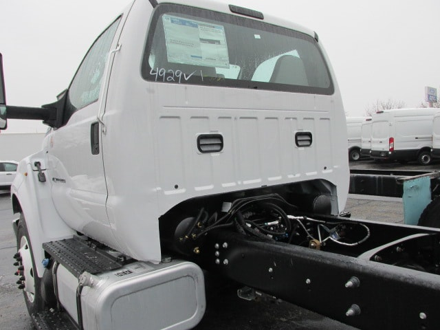 2019 F-750 Regular Cab DRW 4x2,  Cab Chassis #5029 - photo 2