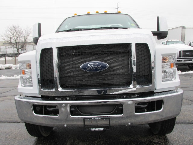 2019 F-750 Regular Cab DRW 4x2,  Cab Chassis #5030 - photo 3