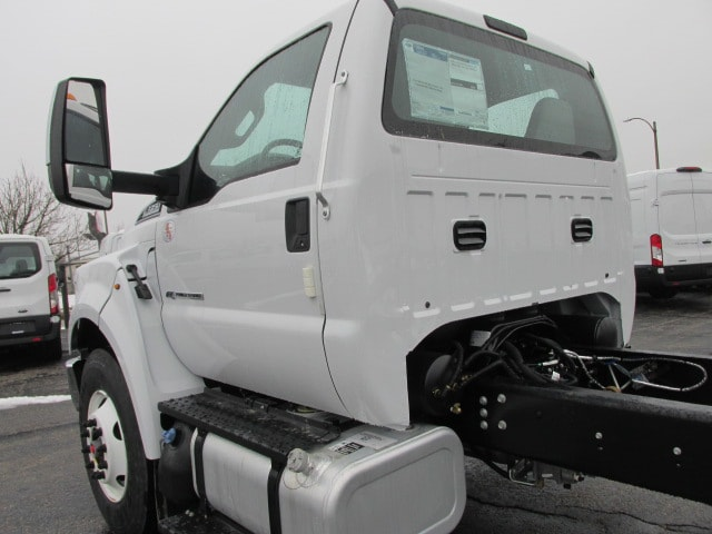 2019 F-750 Regular Cab DRW 4x2,  Cab Chassis #5030 - photo 2