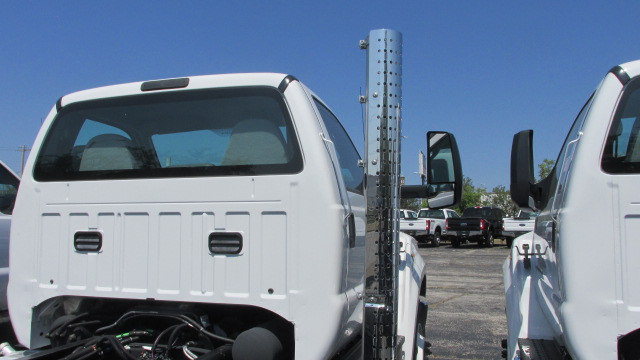 2016 F-750 Regular Cab DRW, Cab Chassis #5507 - photo 9