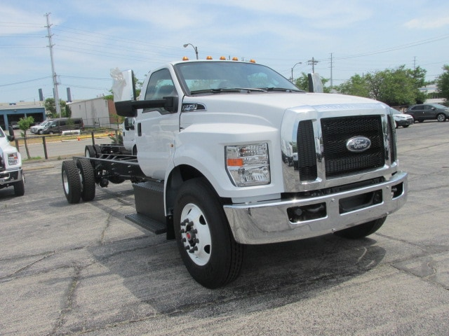 2018 F-750 Regular Cab DRW 4x2,  Cab Chassis #5967 - photo 4
